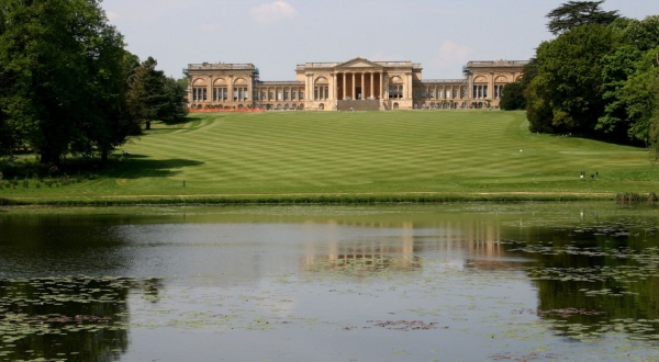 stowe-school-review